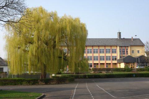 Außenansicht der Grundschule